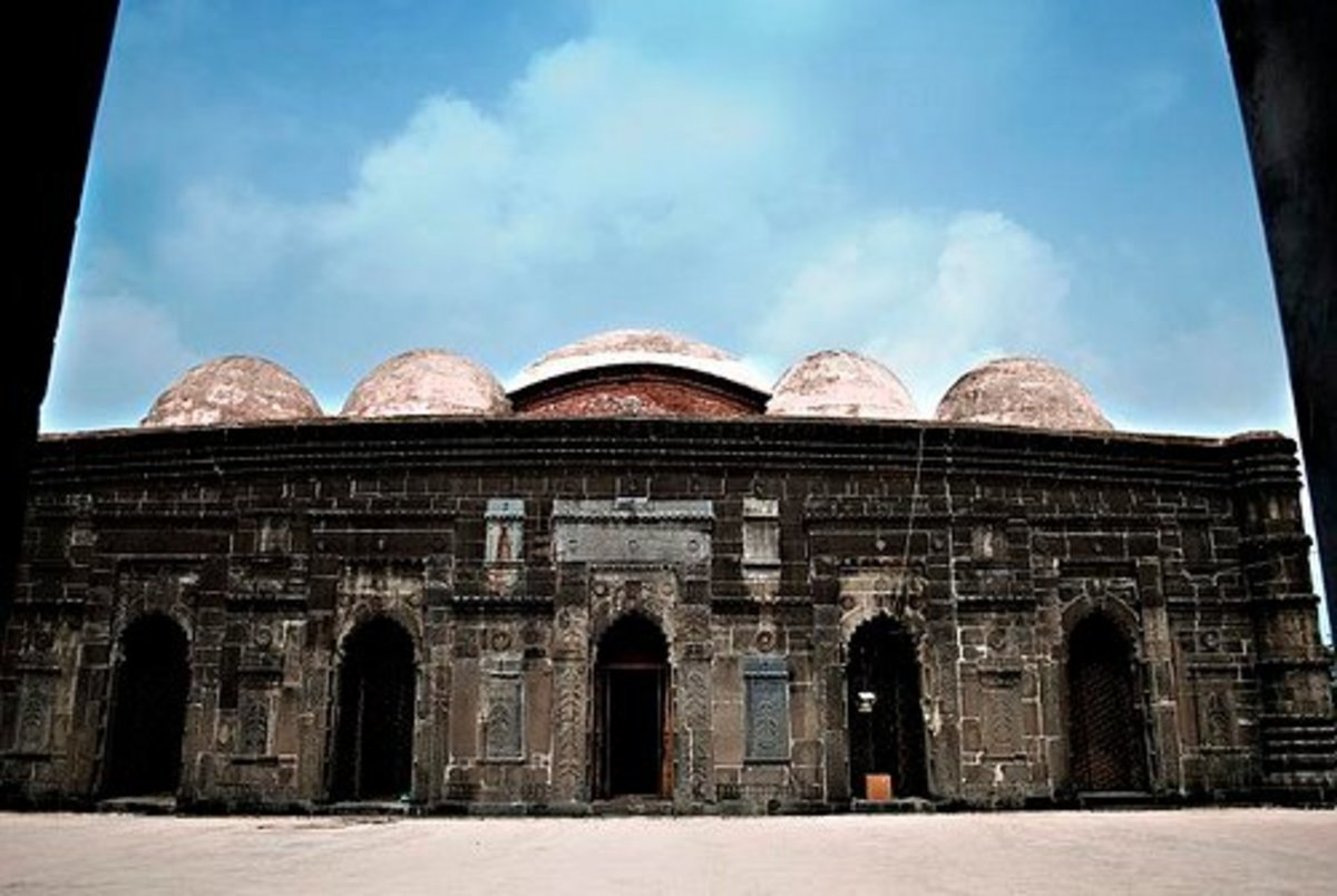 Chhoto Shona Mosque, Front View