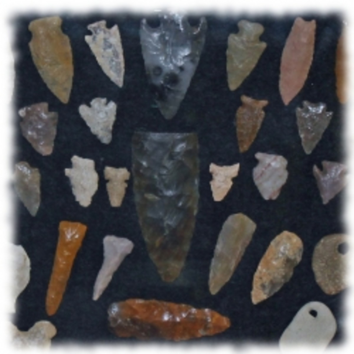 Cases To Display Your Arrowhead Collection