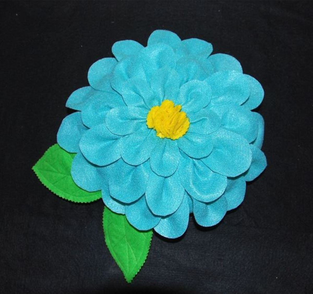 Flower Power Pillow via felt so cute