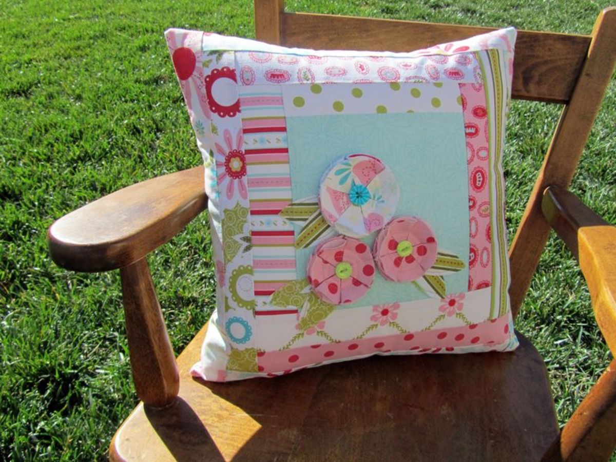 Quilted Flower Pillow via Candice at Made With Love