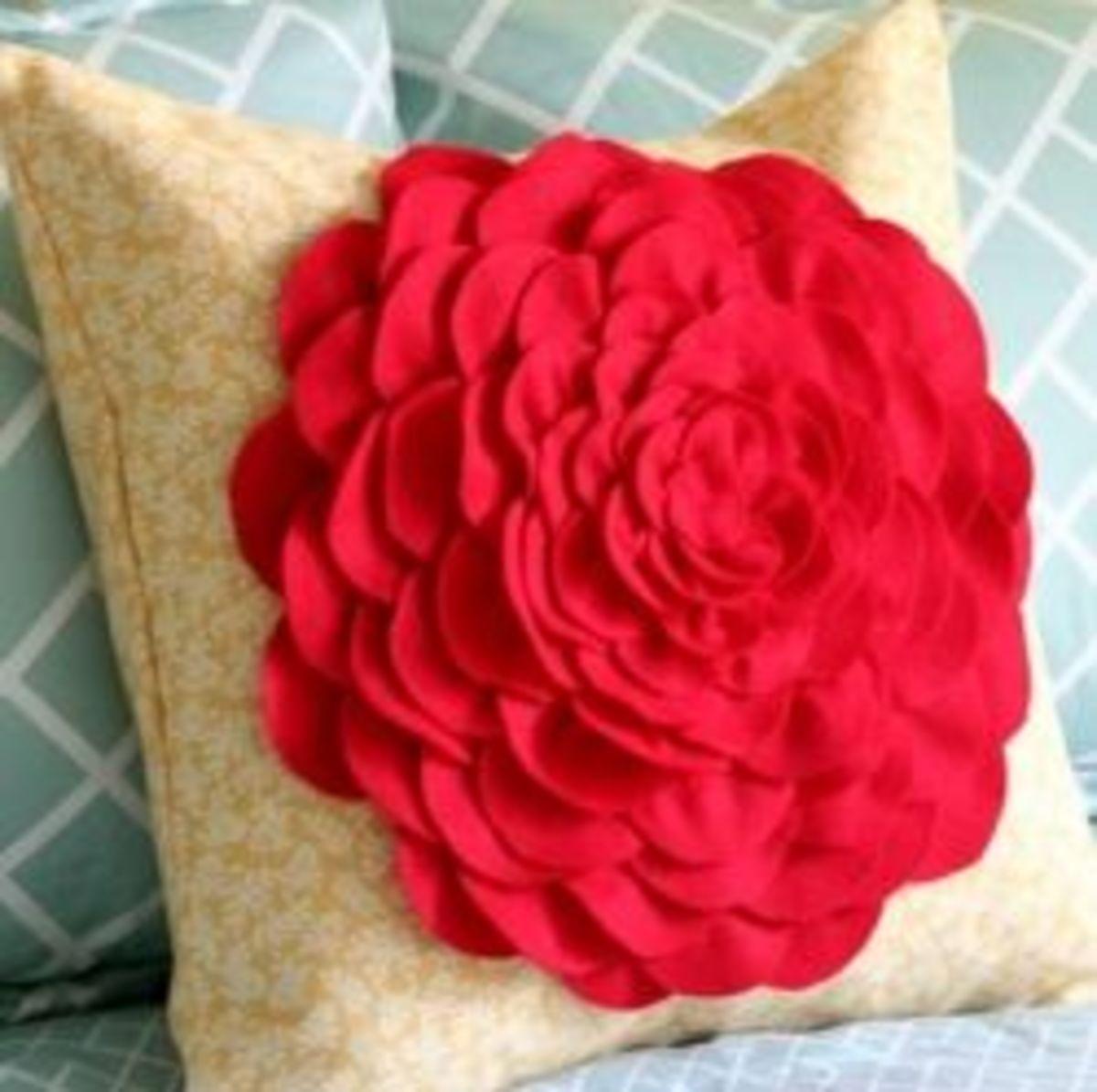 flower-pillows-diy