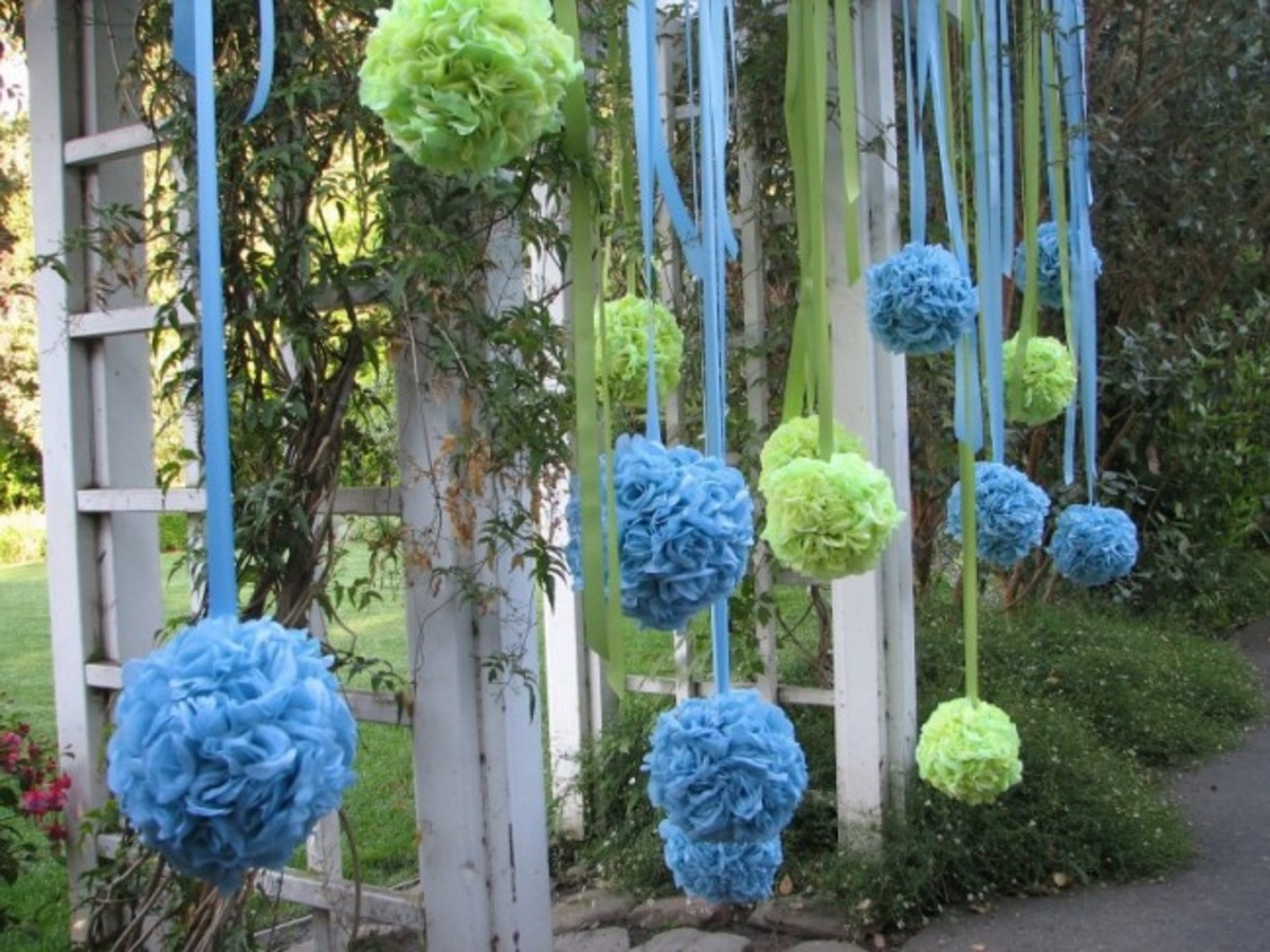how-to-make-a-pomander-or-kissing-ball-for-a-wedding-decoration