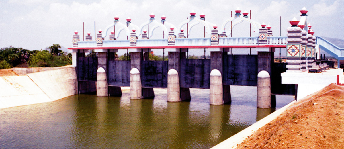 Water flowing out of the Kandaleru reservoir towards the city of Chennai.