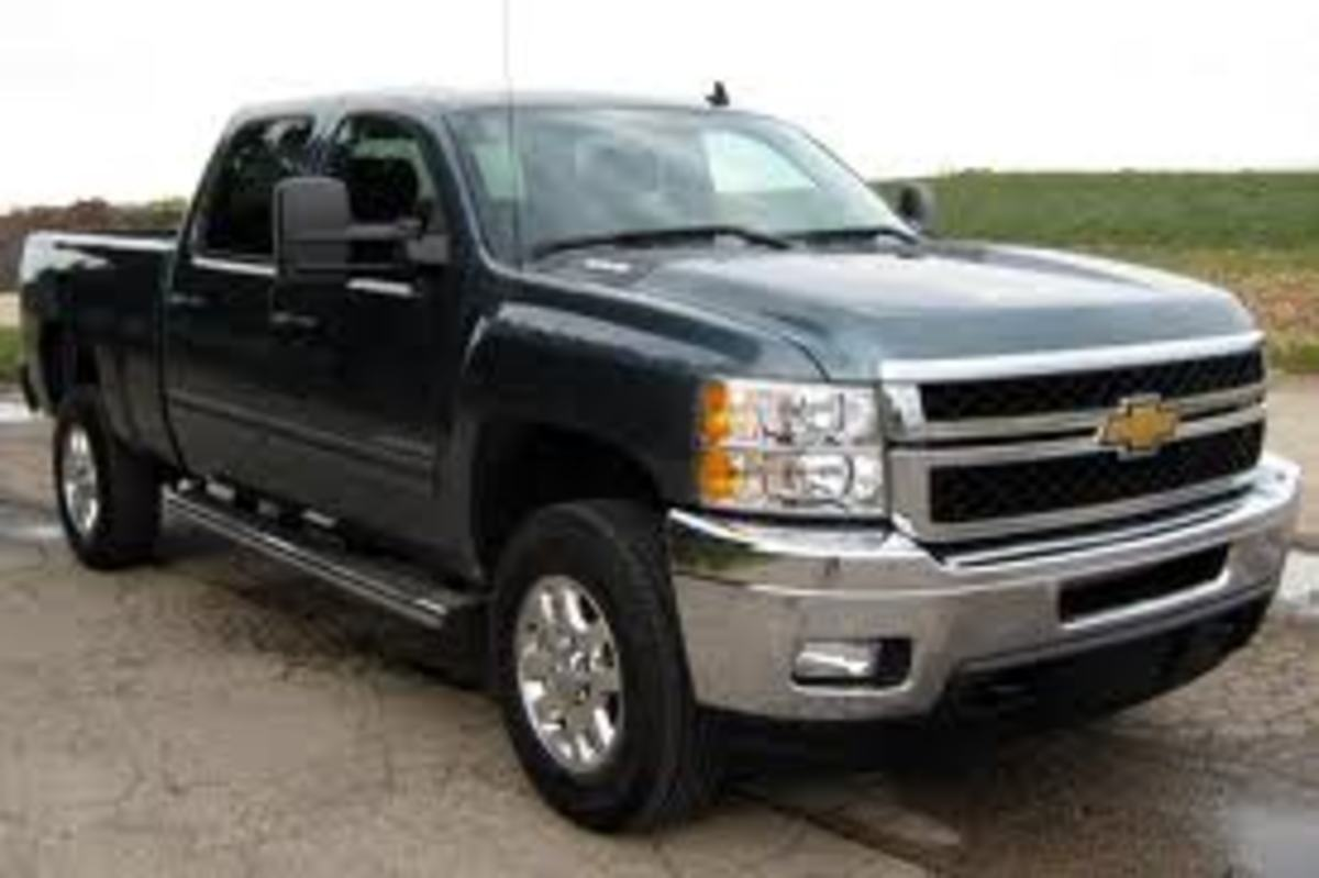 a-side-by-side-comparison-of-the-2012-chevy-ford-and-dodge-diesel-hd-trucks