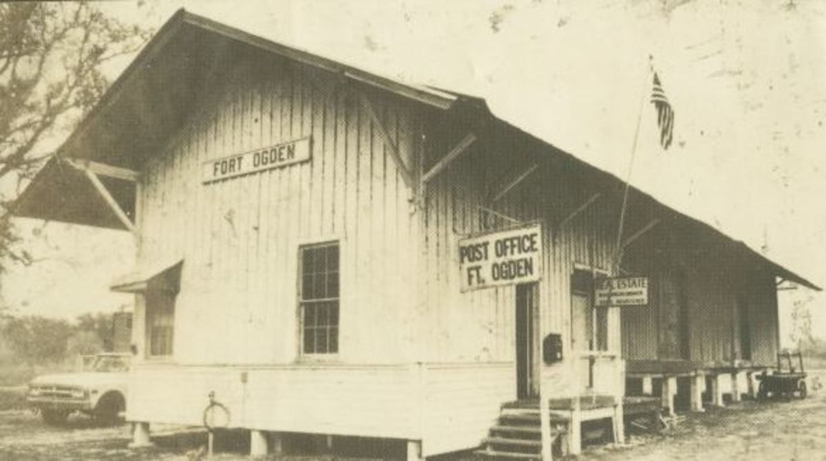Fort Ogden train station and post office