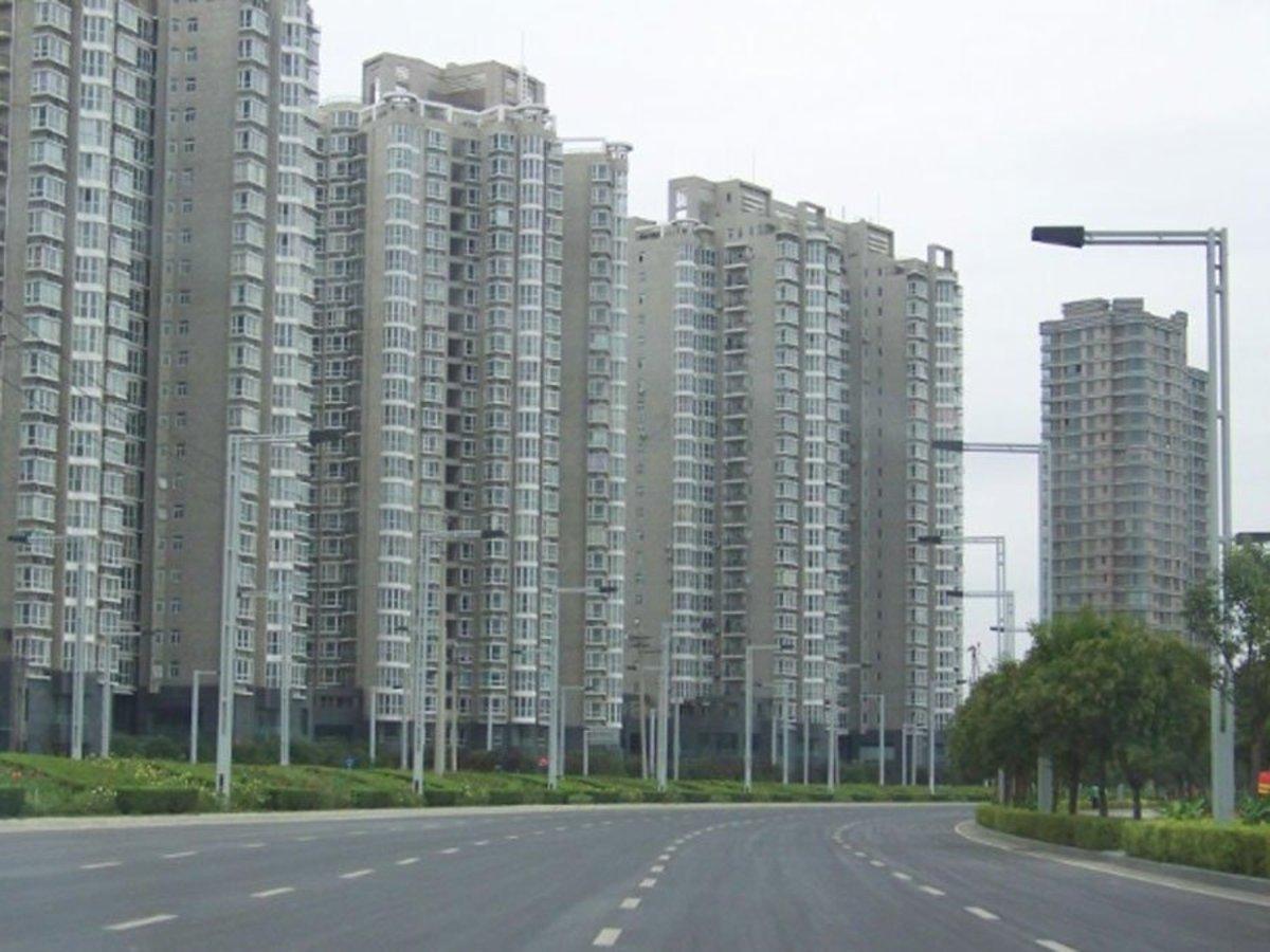 Zhengzhou new district with empty residential towers