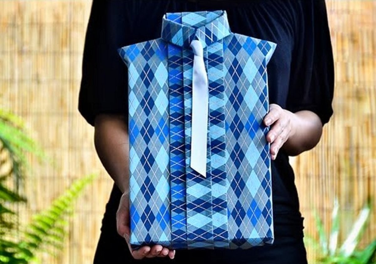 Handmade Father's Day shirt-style gift wrap.
