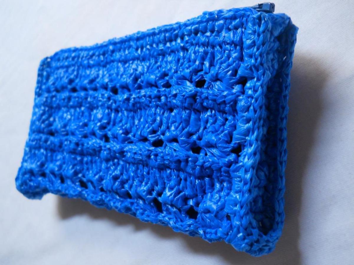 BOXY Crochet Pouch