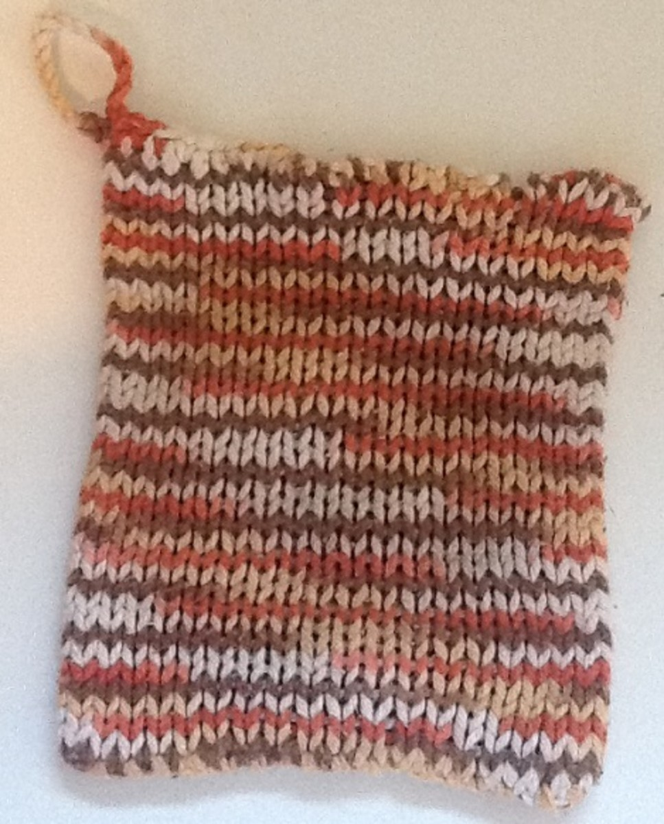Pot Holder for the Pink Long Loom