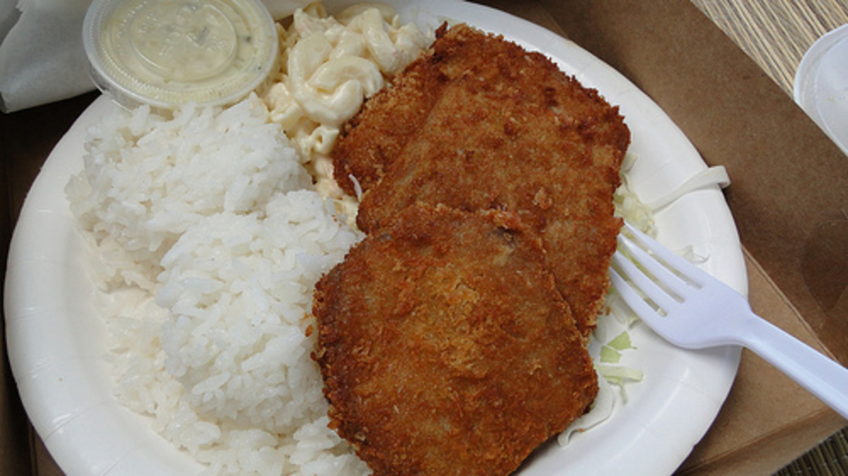 A classic Hawaiian Plate Lunch with mac salad, rice and meat.