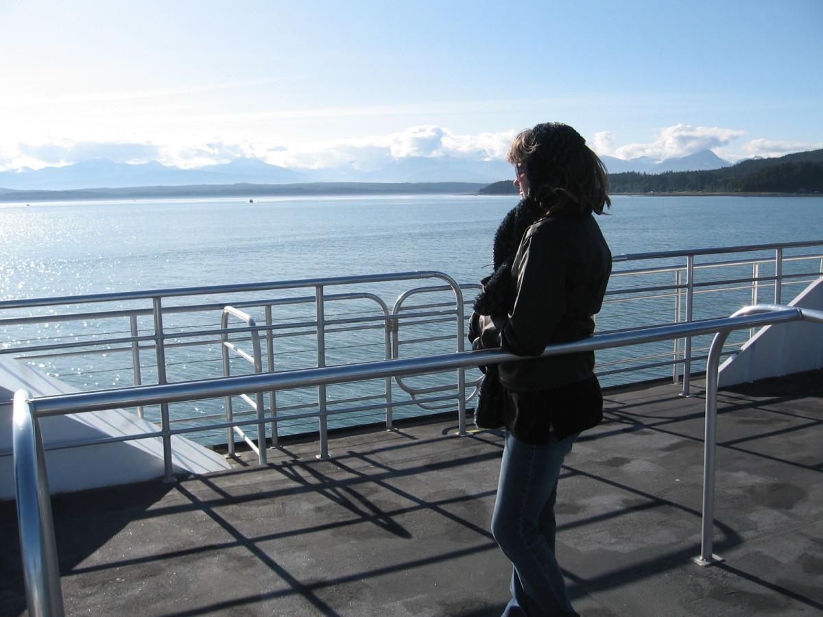 He Likes the View. And the Alaska scenery's ok, too.