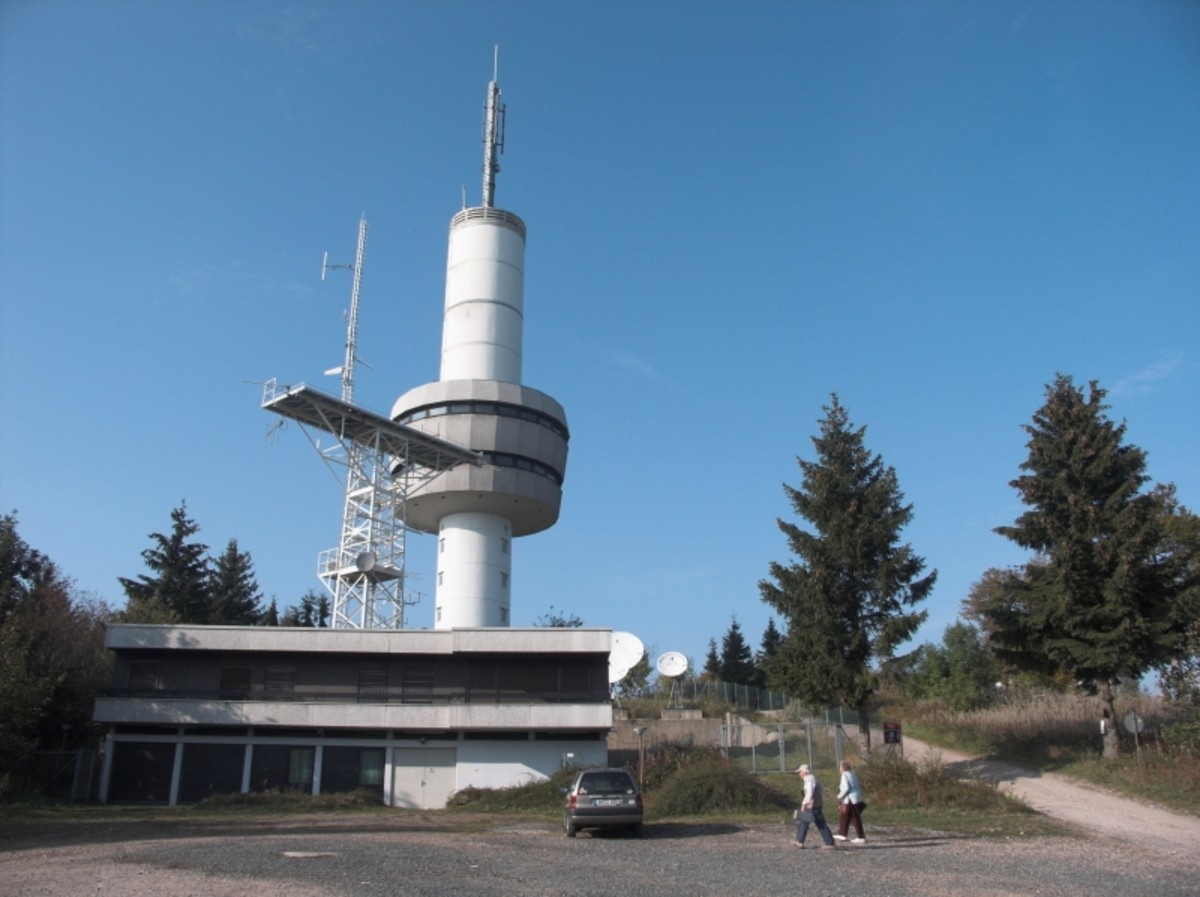 The Ravensberg is a 659 m high mountain crowned with a prominent 64 m high tower, which was built in 1970. This tower acted as a listening post during the Cold War; today it is used by Deutsche Telekom.