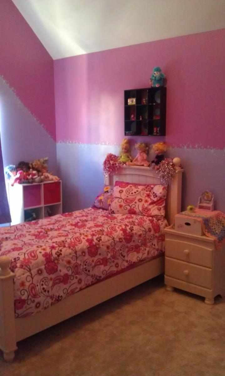Sissy's room is all put together!