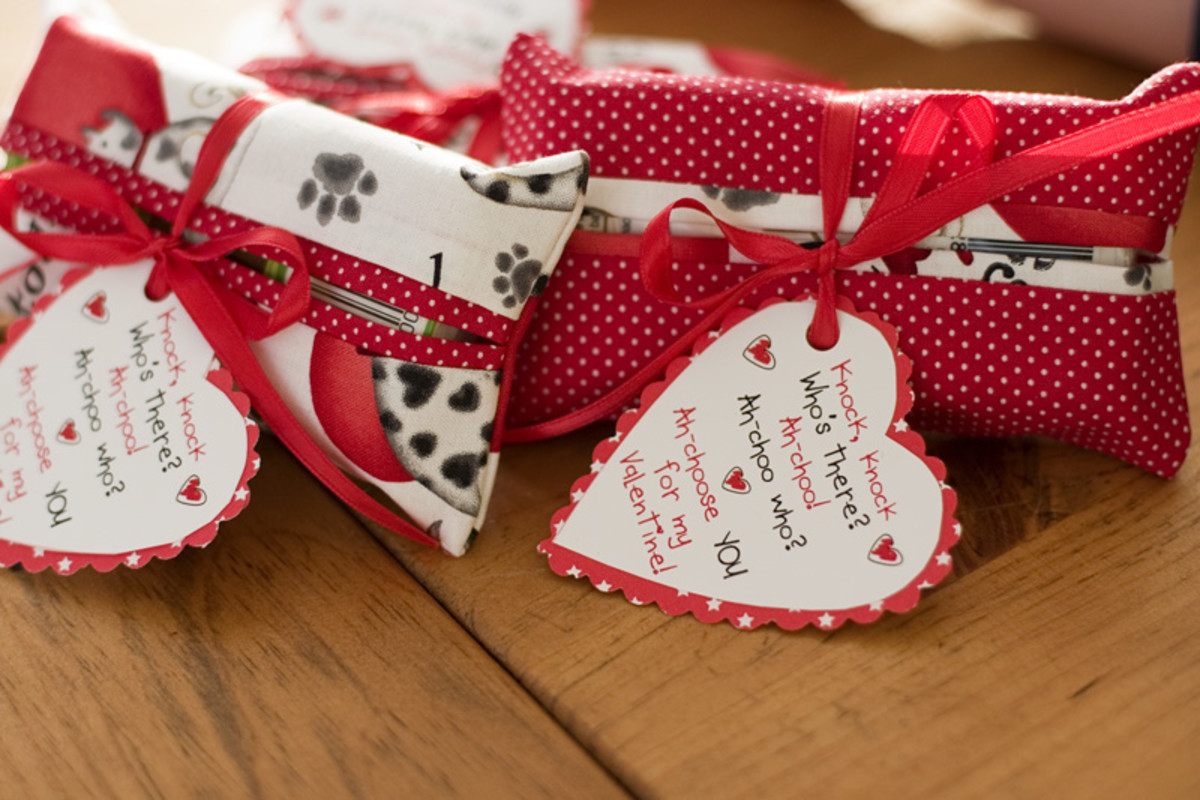 cute-valentines-day-crafts-12-inexpensive-and-easy-valentines-day-craft-tutorials