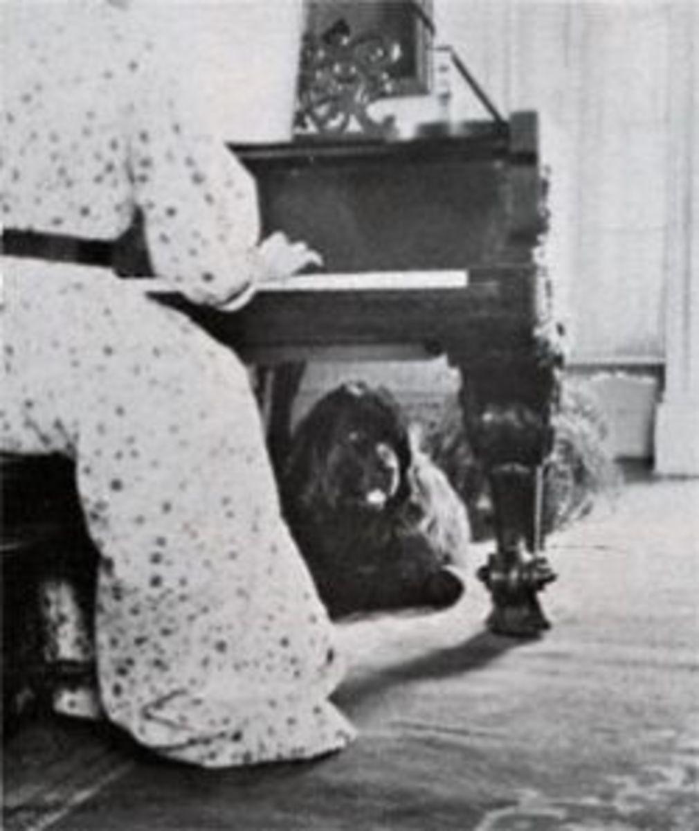"""""""Emily"""" and Bonny at the piano - photo courtesy - NY Center for Visual History"""