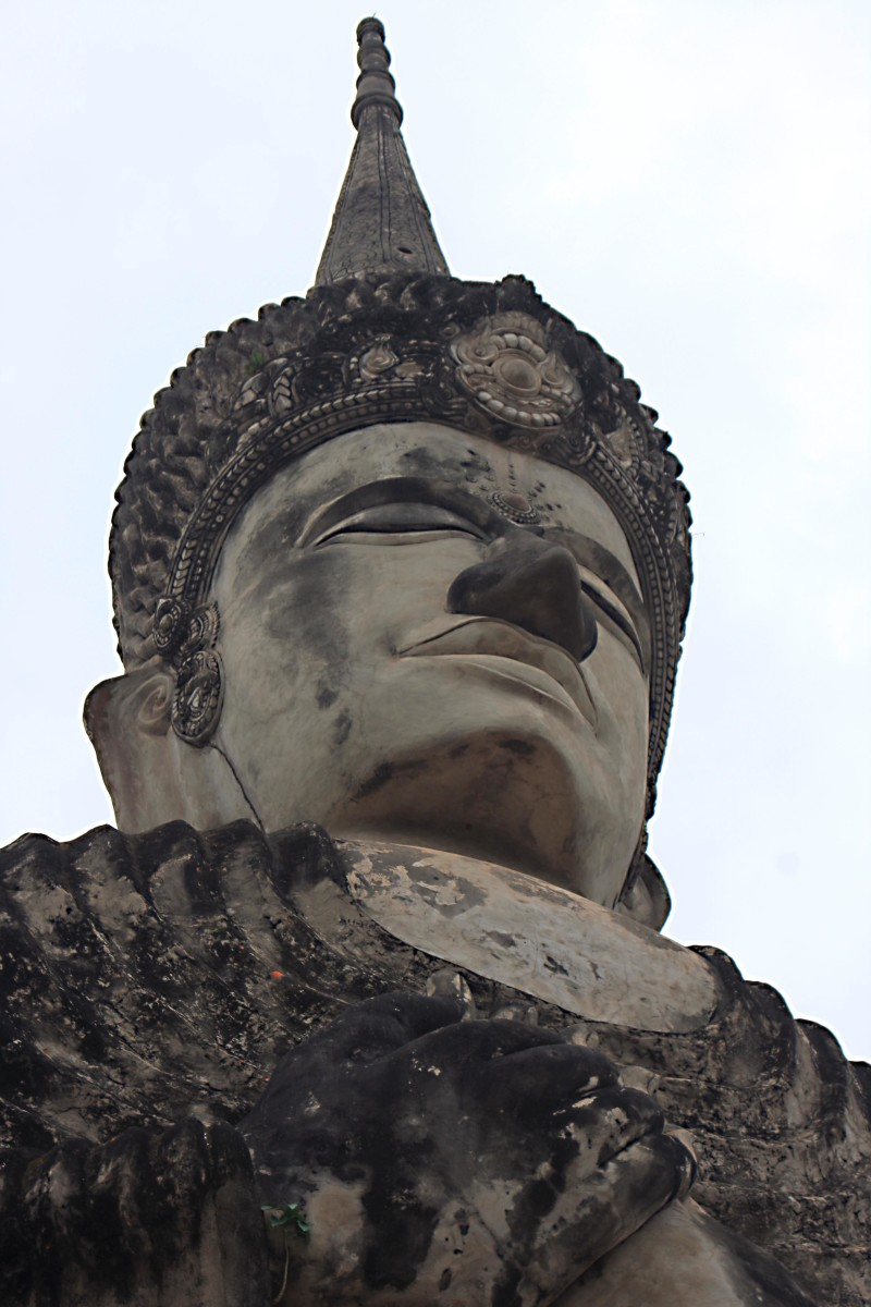 One of the statues at Salakeoku, featured below