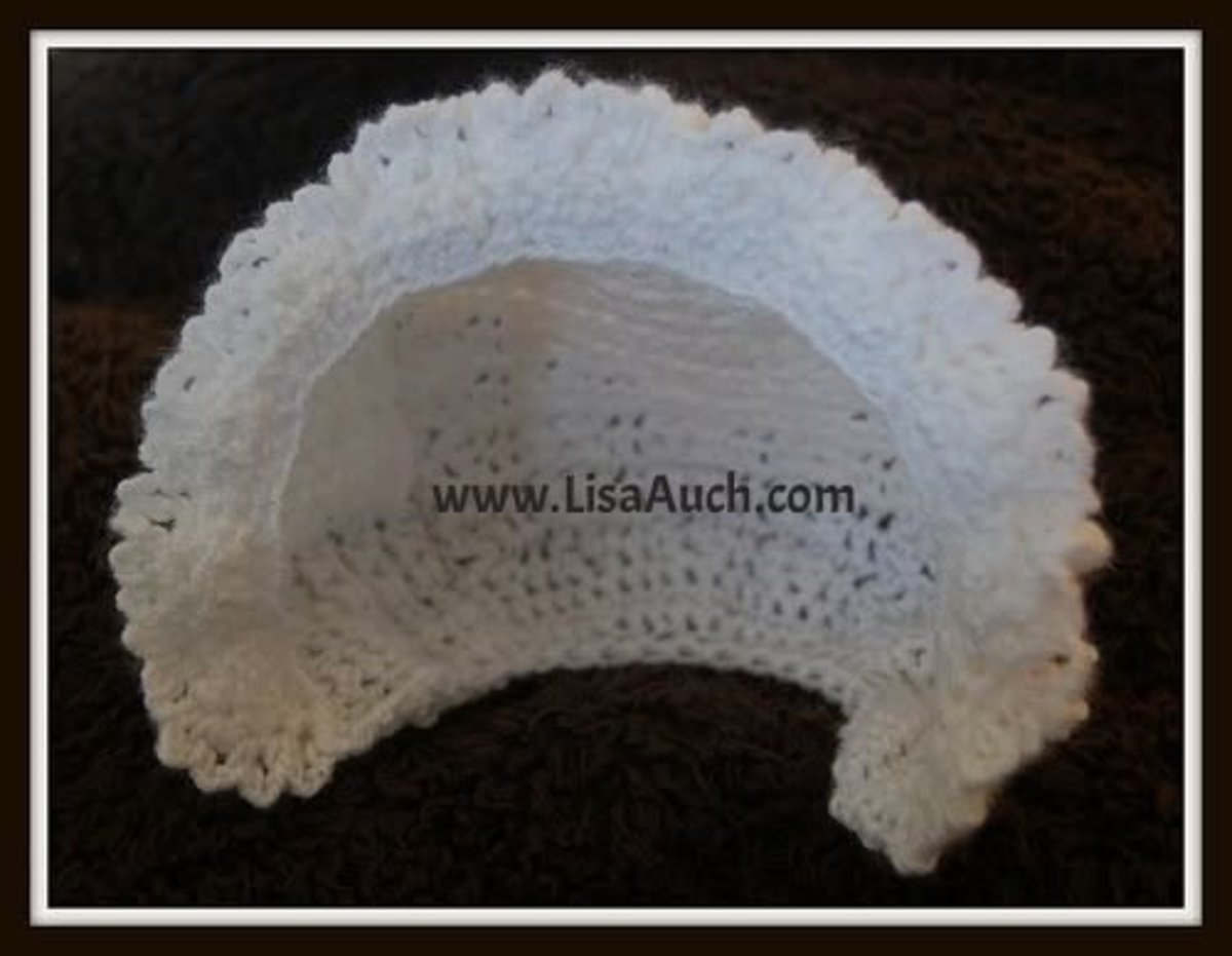 White baby cap.