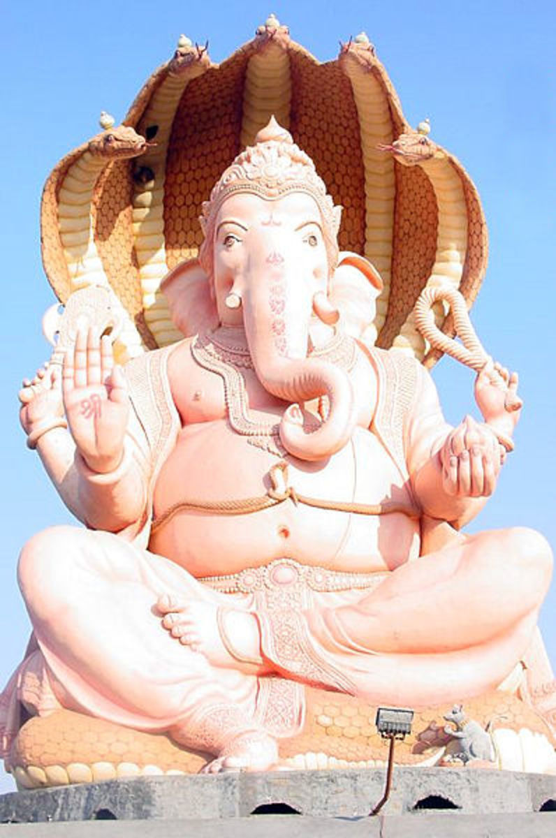 Top 10 Largest/Biggest Statues of India