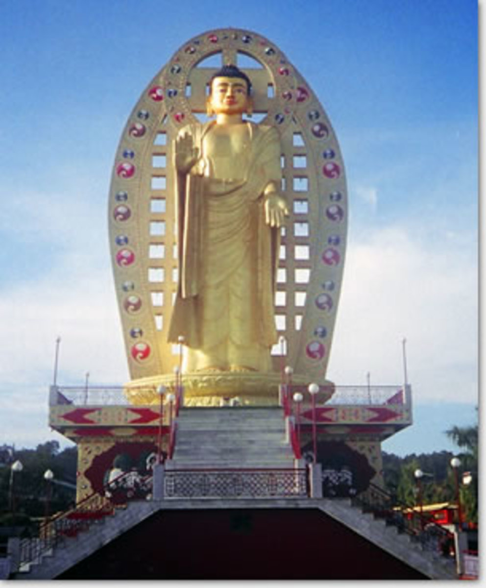 Buddha Statue, Kagyu Monastery