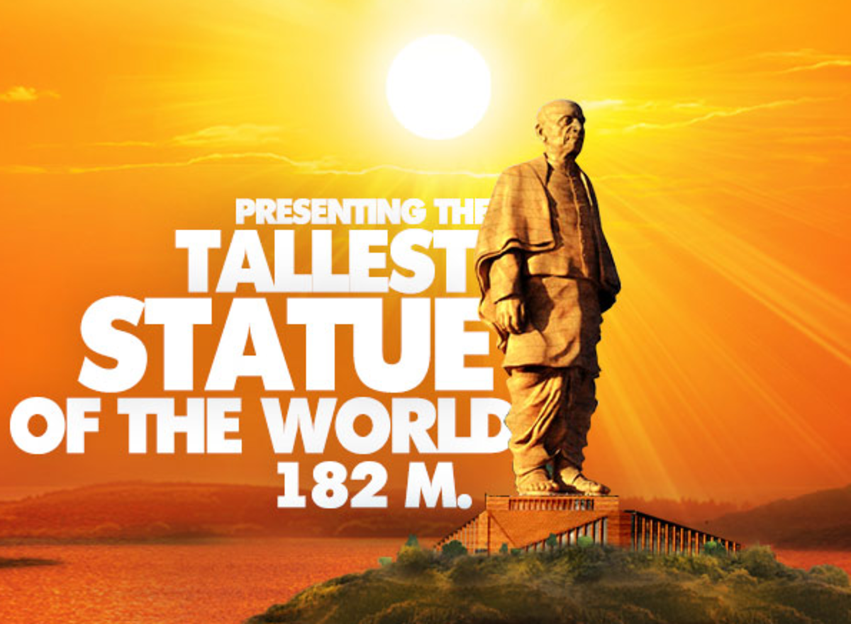 An artist impression of the statue which shows Sardar Vallabbhai Patel in a standing pose.
