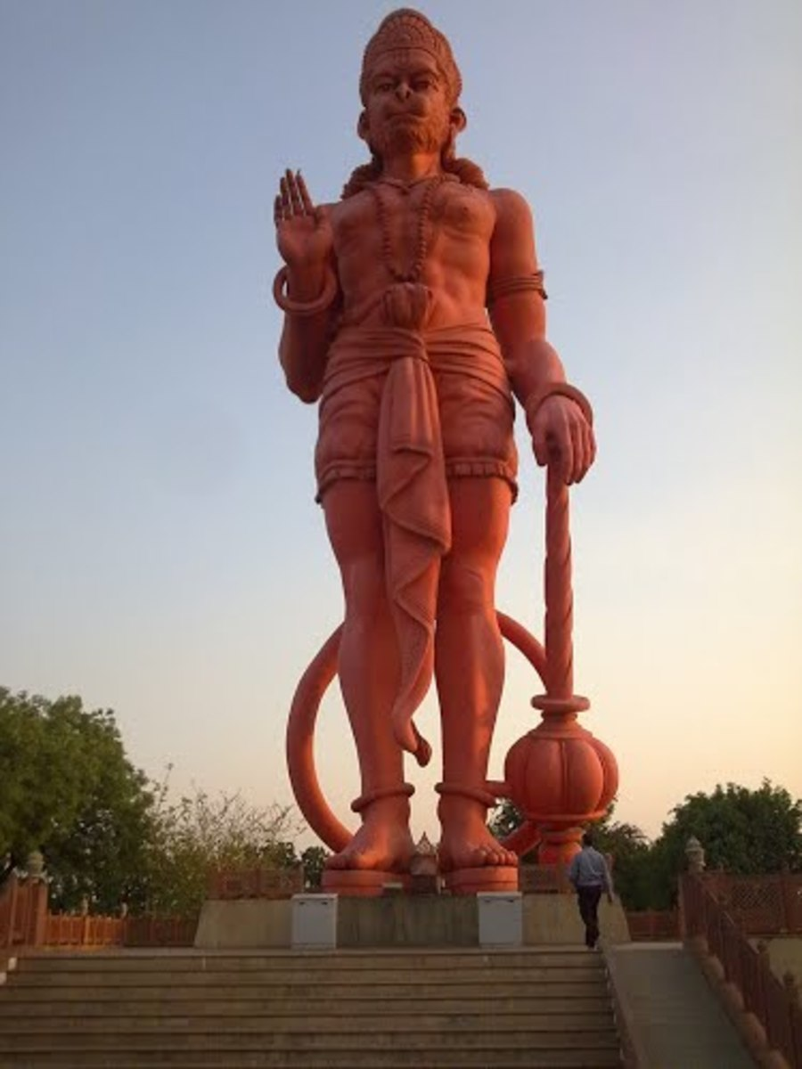 The sky touching statue of Hanuman