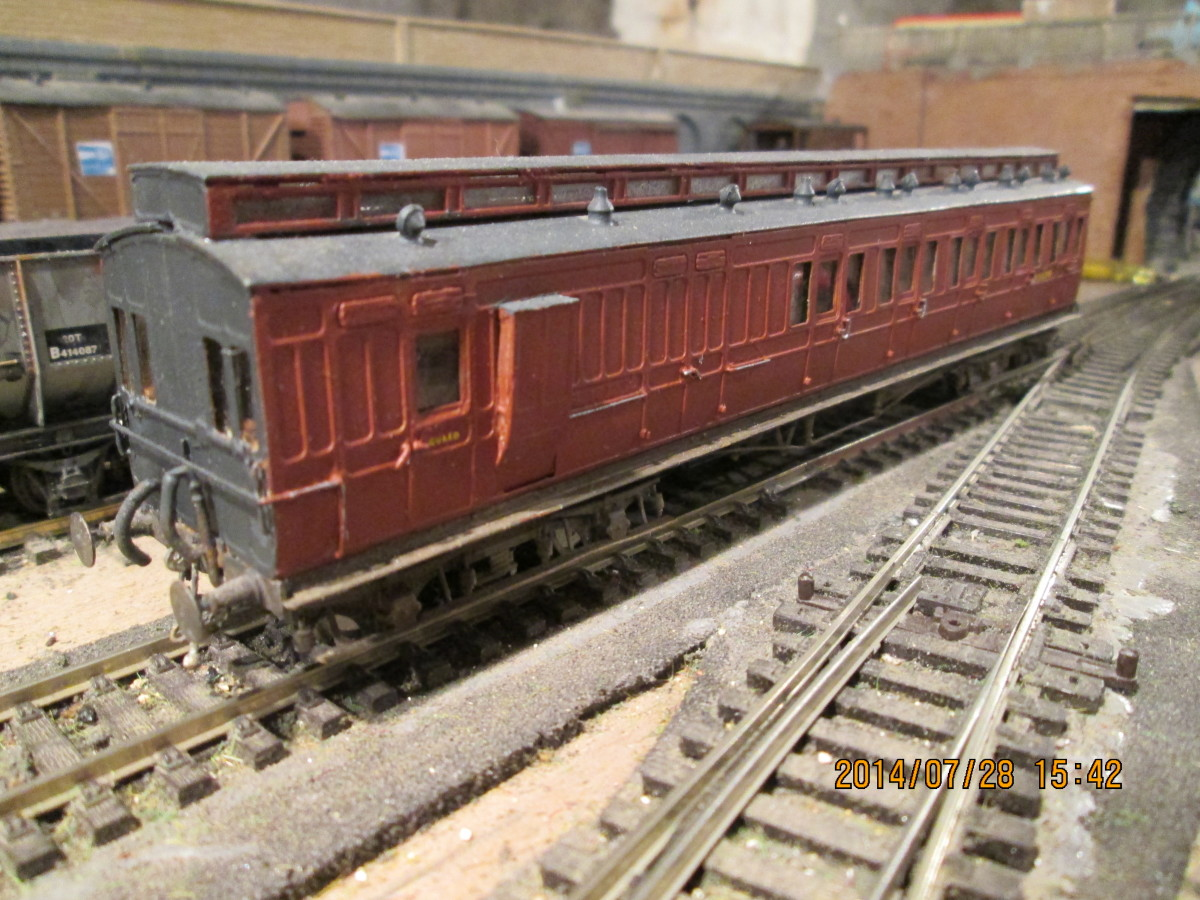 4mm scale David Bain North Eastern brake 3rd in early BR(NE) livery, D&S kit, OO wheels, lost wax vac pipes, Jackson screw couplings, sprung buffers - basic model built by a friend, detailed painted and liveried by me - many lasted to early BR days