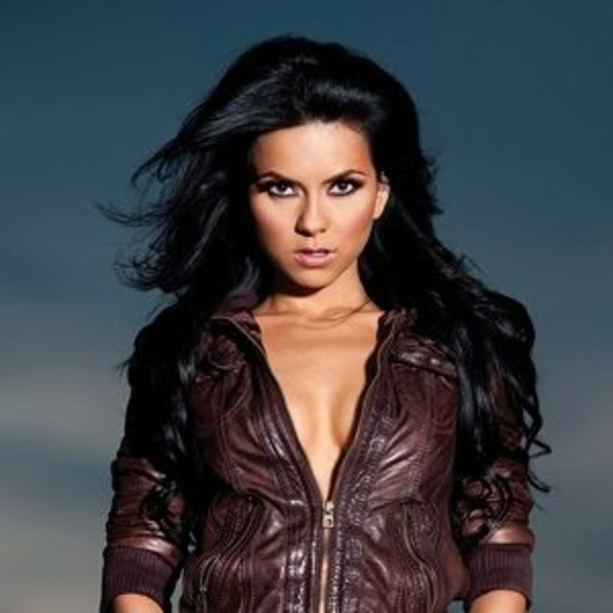 Top 5 Hottest Romanian Singers - The Sexiest Female ...