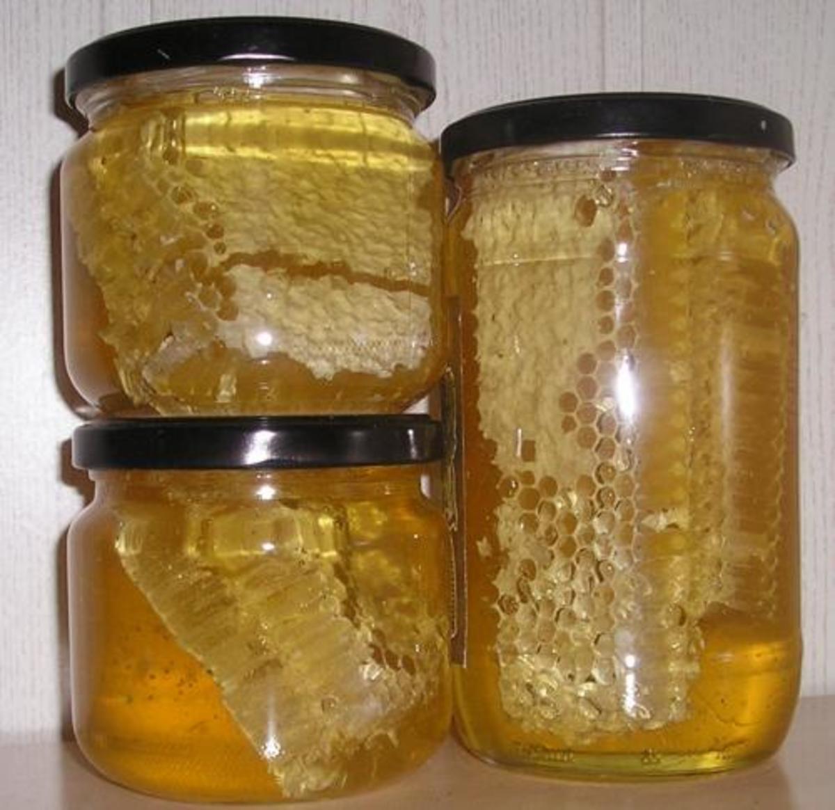 Honeycomb Honey in Jars