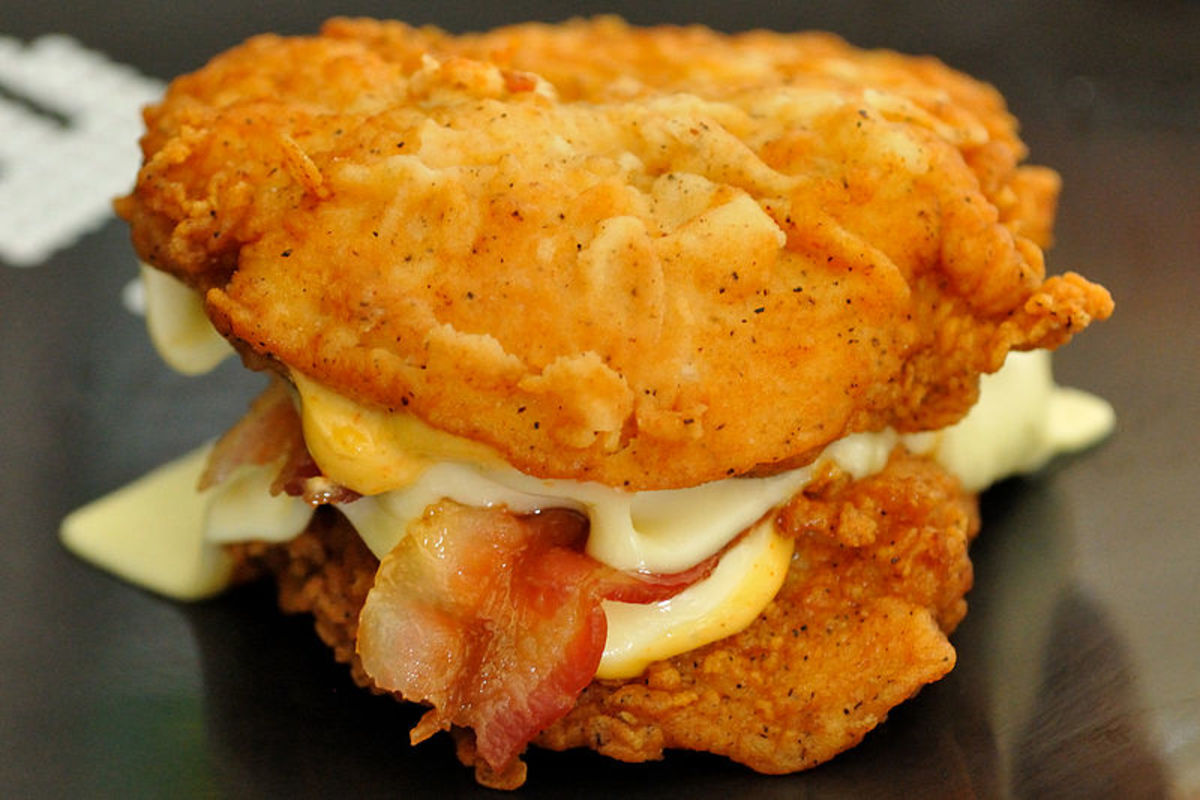 KFC Double Down Sandwich. Possibly the most disgustingly unhealthy fast food creation. 15 Points!