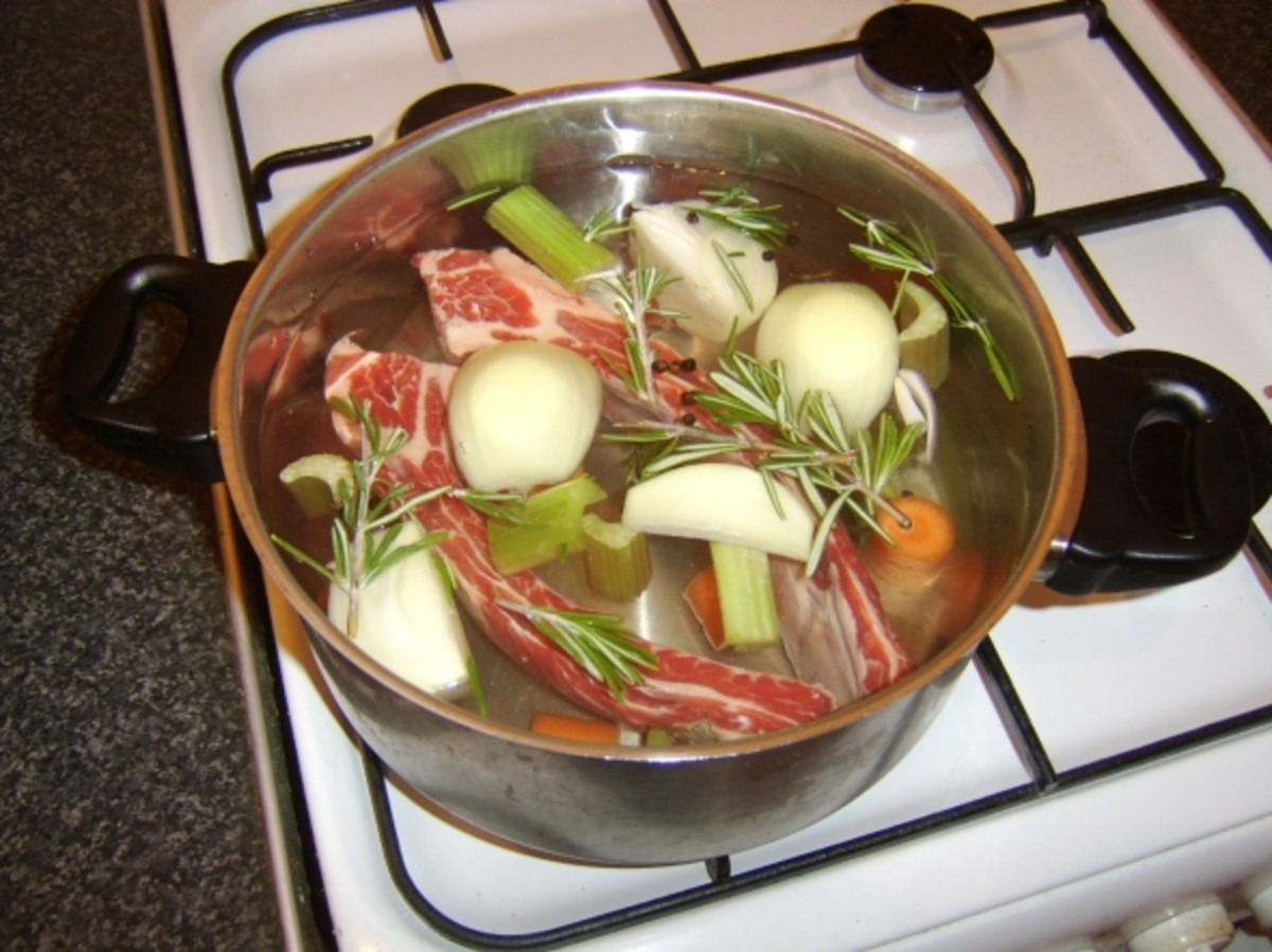 Starting to make beef stock