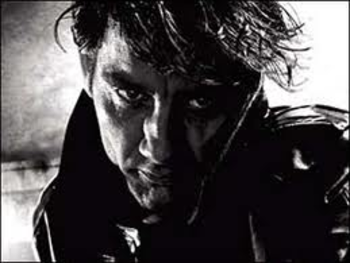 "Clive Owen as Dwight in ""Sin City"""
