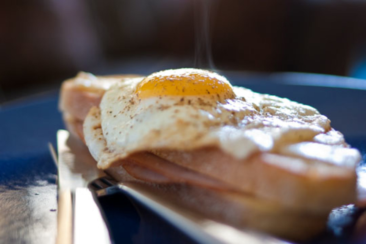 how to make sunny side up eggs on a griddle