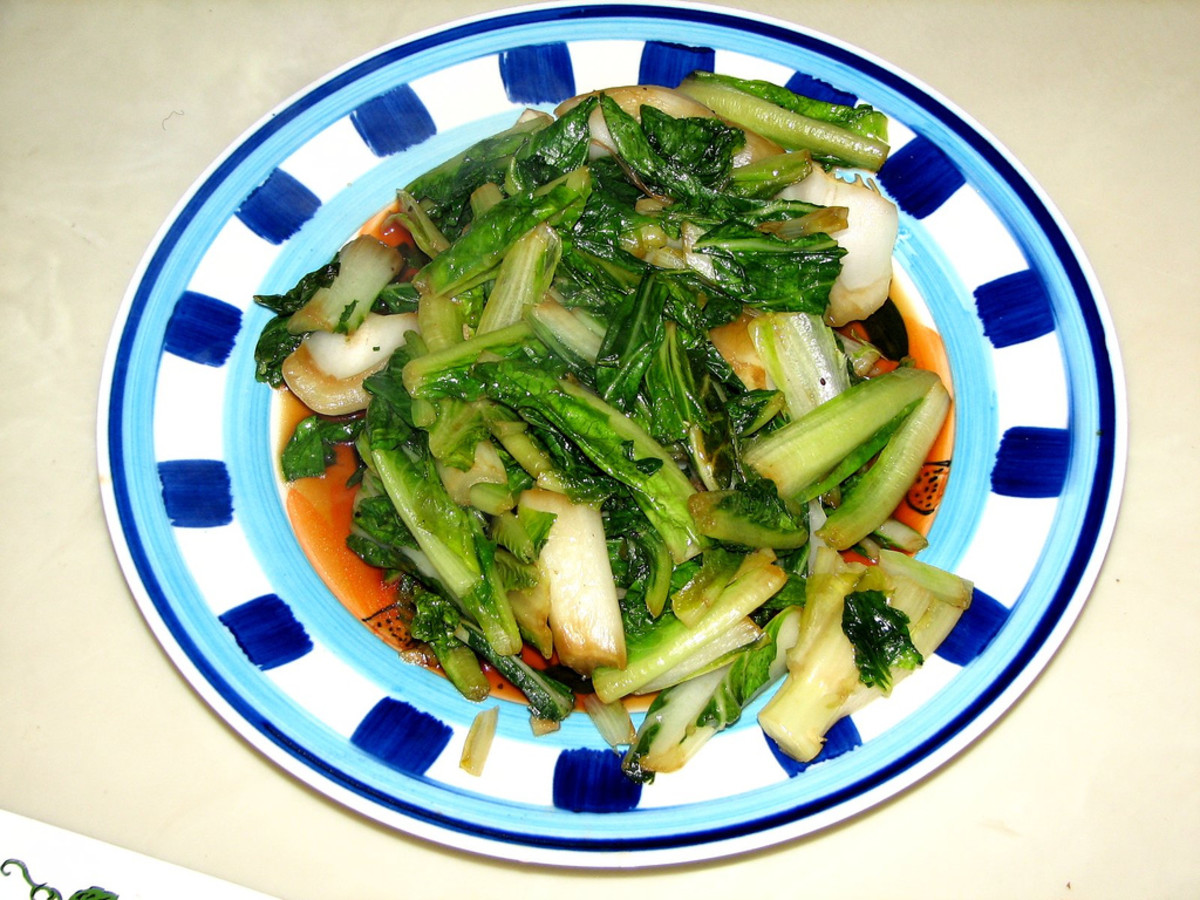 Stir-Fried Romaine Lettuce and Bok Choy