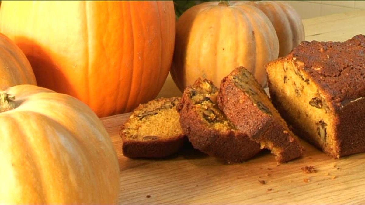 healthy-whole-wheat-pumpkin-spice-bread-daniel-fast-friendly