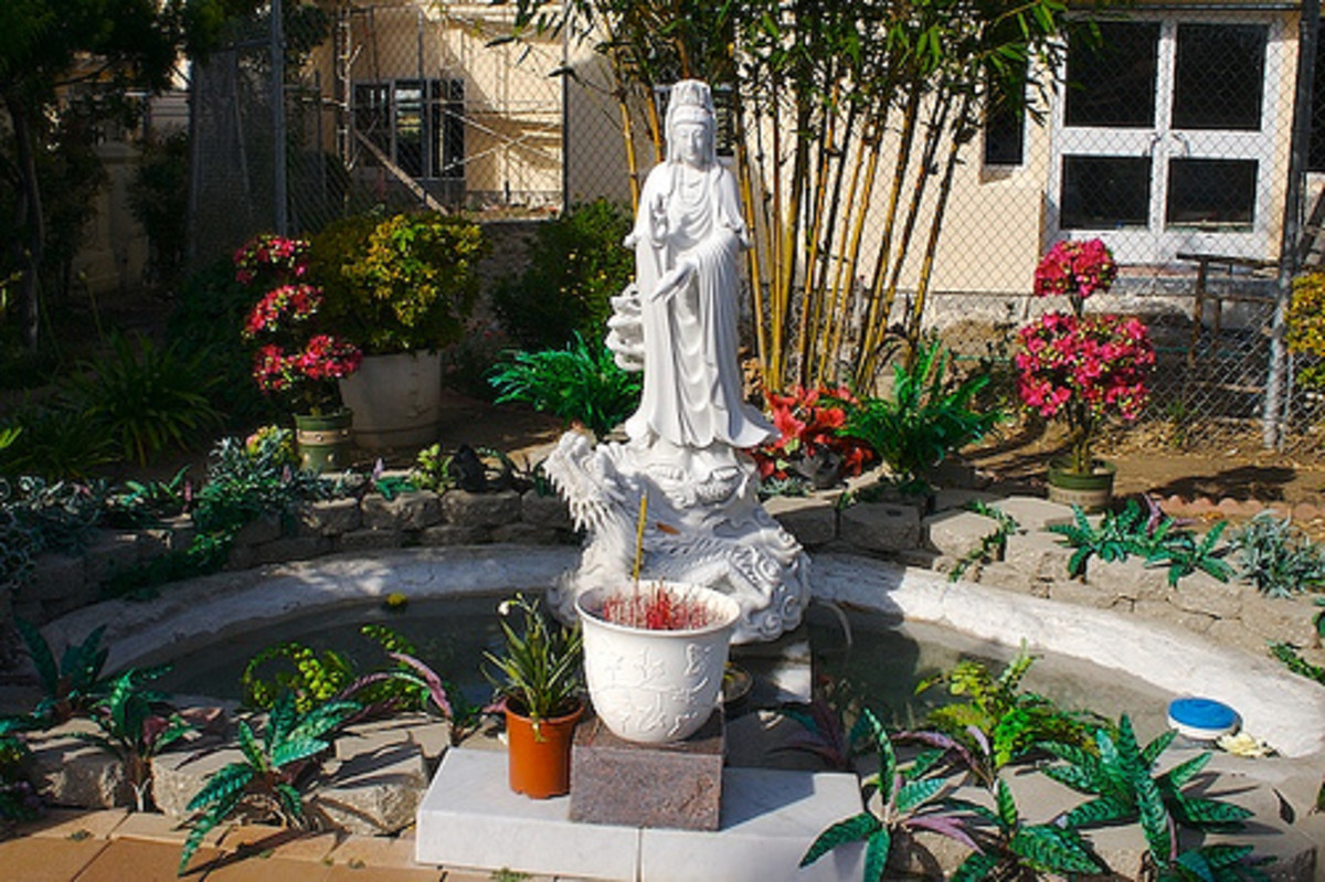 Kuan Yin at Pond