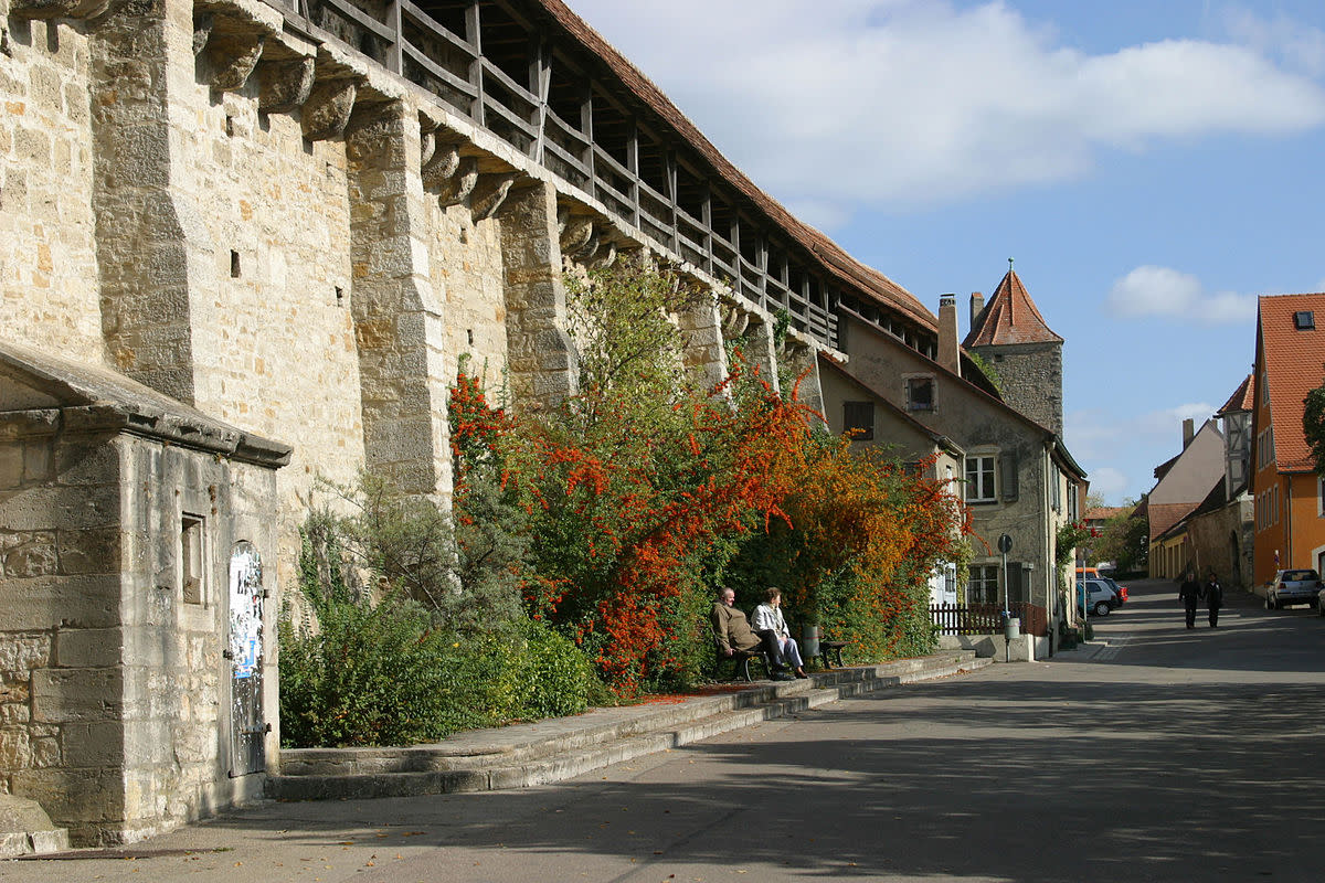 Picture from Rothenburg ob der Tauber with city wall as backdrop