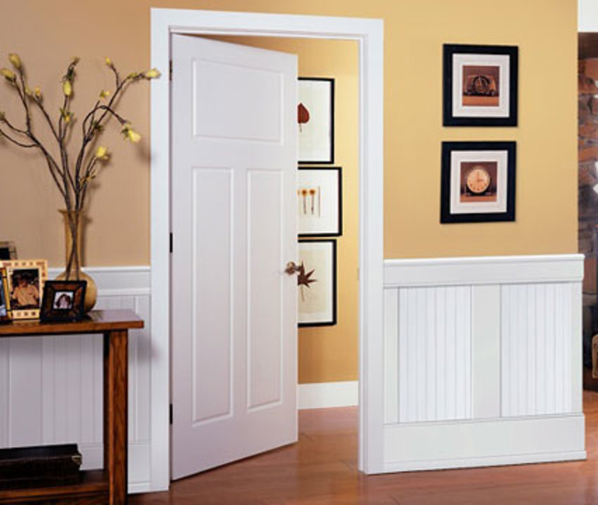 Beautiful Cape-Cod Beadboard Wainscoting