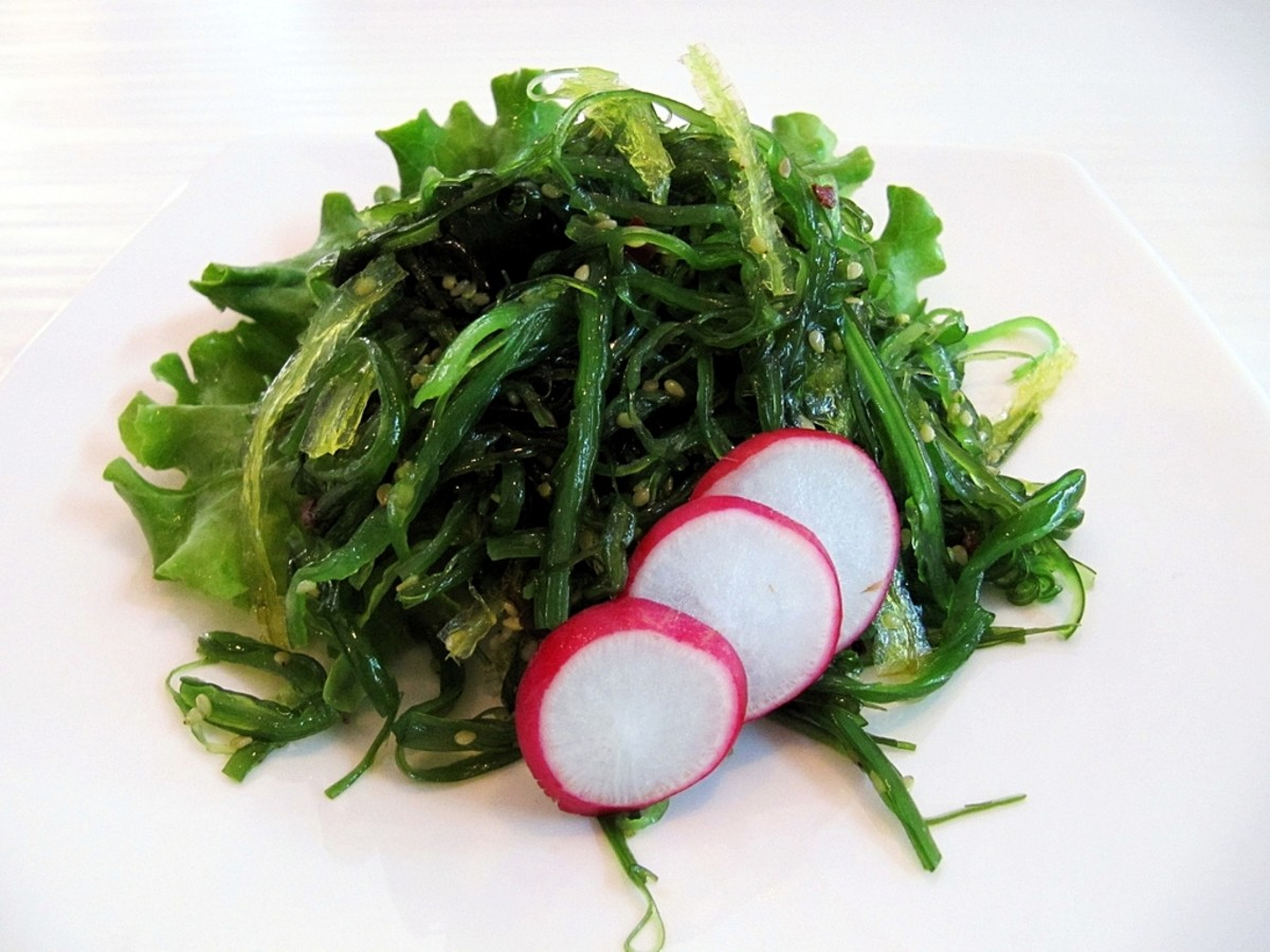 Plain Wakame with Vegetables