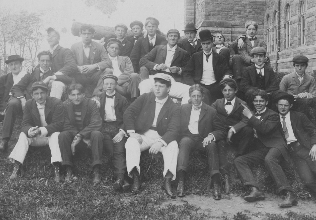 Georgetown College students in the late 1800s