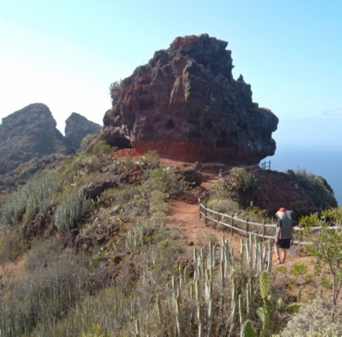 Path to Punta del Hidalgo and its Dos Hermanos rocks. Photo by Steve Andrews