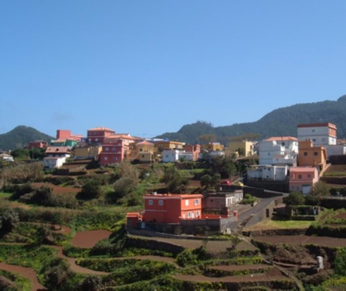Chinamada cave houses of Tenerife and walking to Punta del Hidalgo