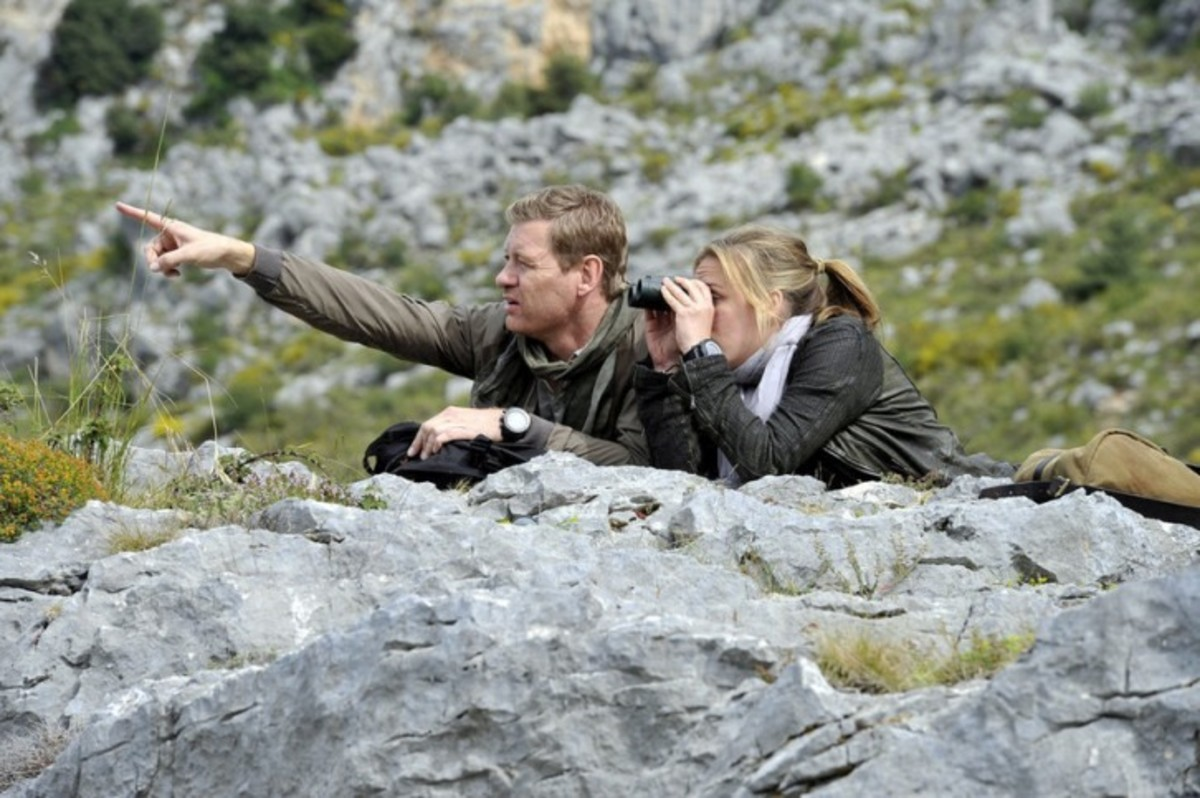 Ryan and Annie are in Azerbaijan looking for a former CIA Officer.