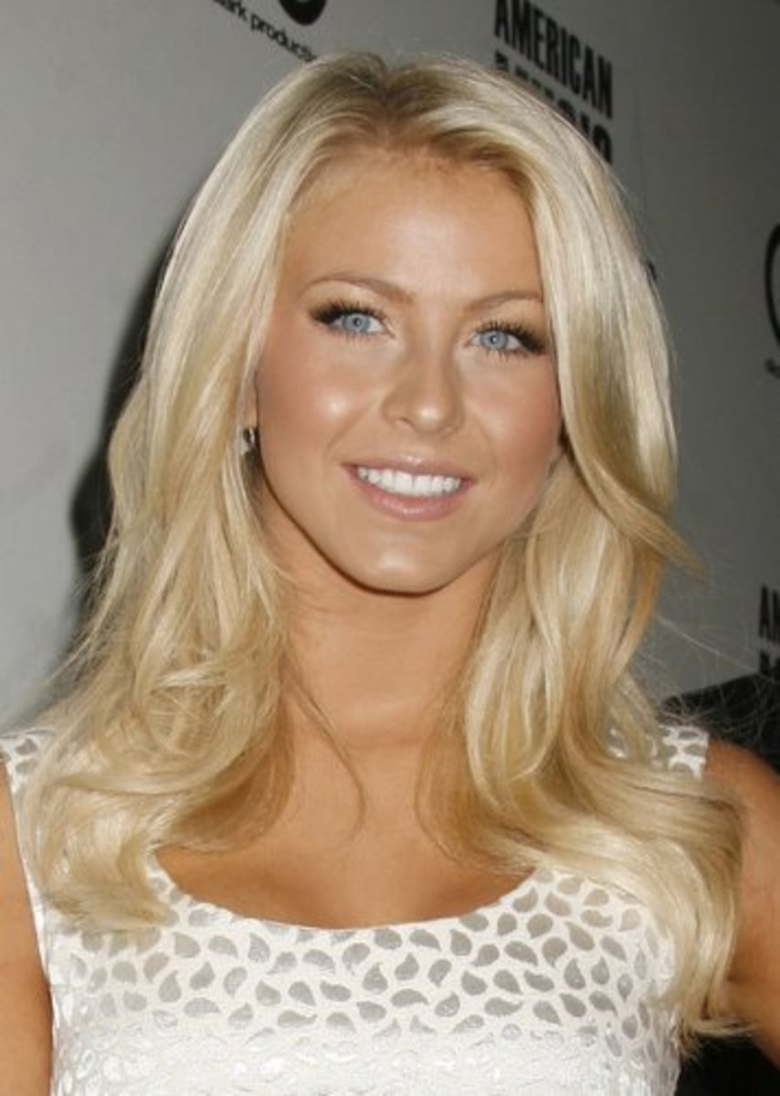 Wavy Blonde Hair Extensions 34
