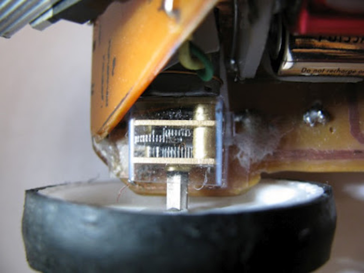 Right motor of the line follower robot