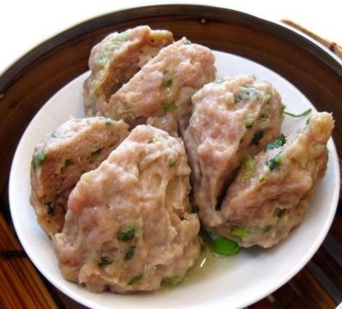 Chinese Steamed Pork Balls Recipe
