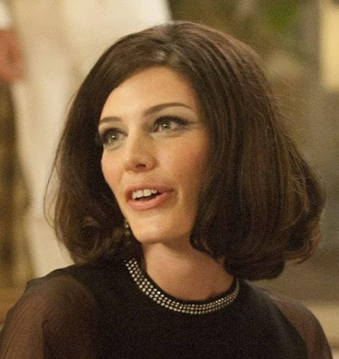 Megan Draper hairstyle.