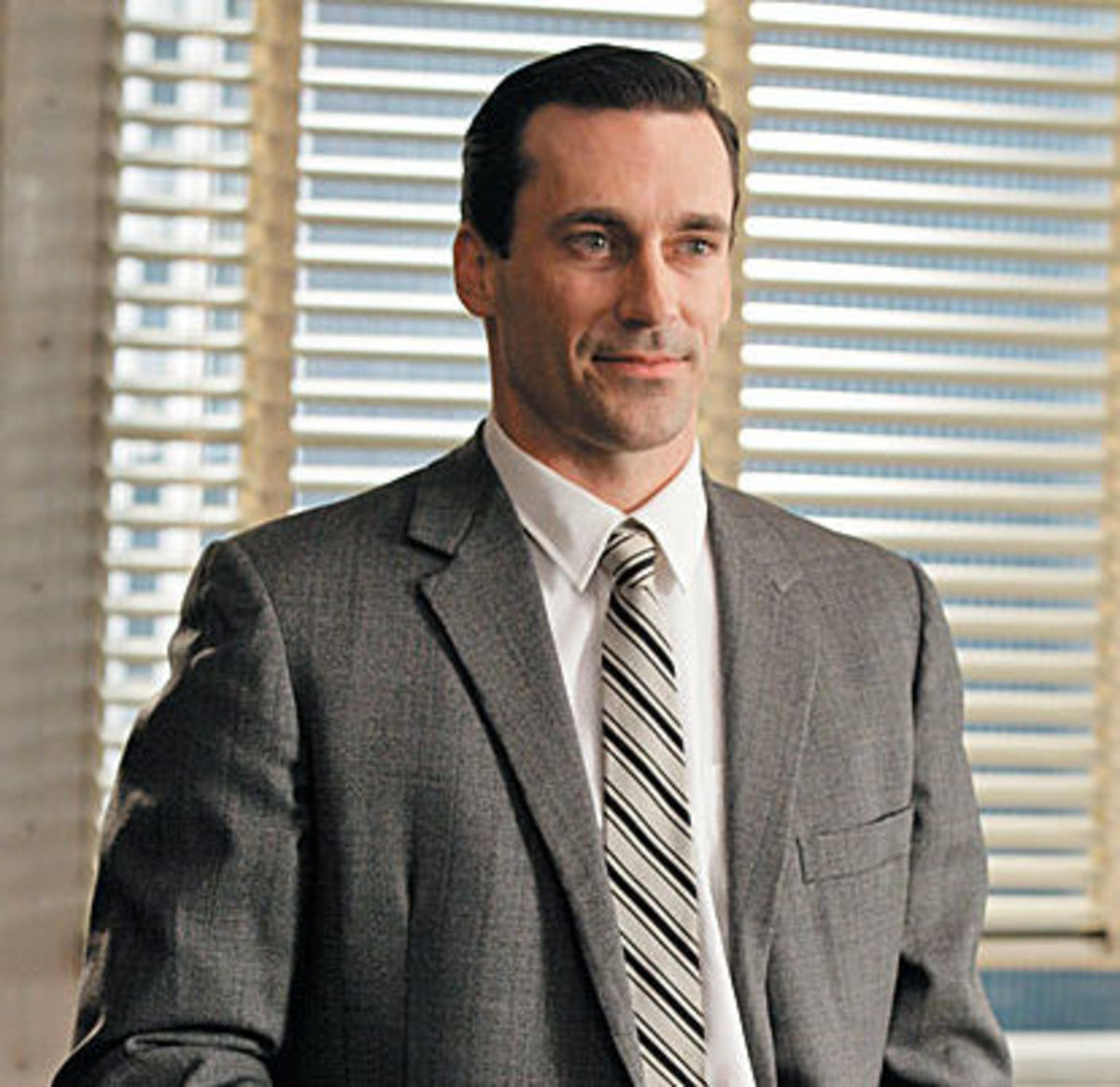 Don Draper hairstyle.