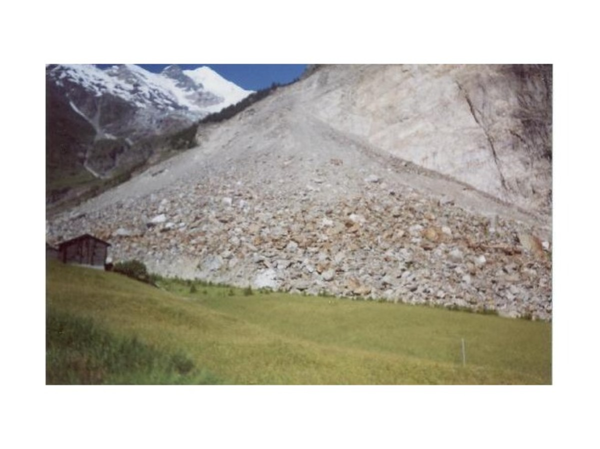 A photograph of  a rock-slide that occurred in the French Alps.