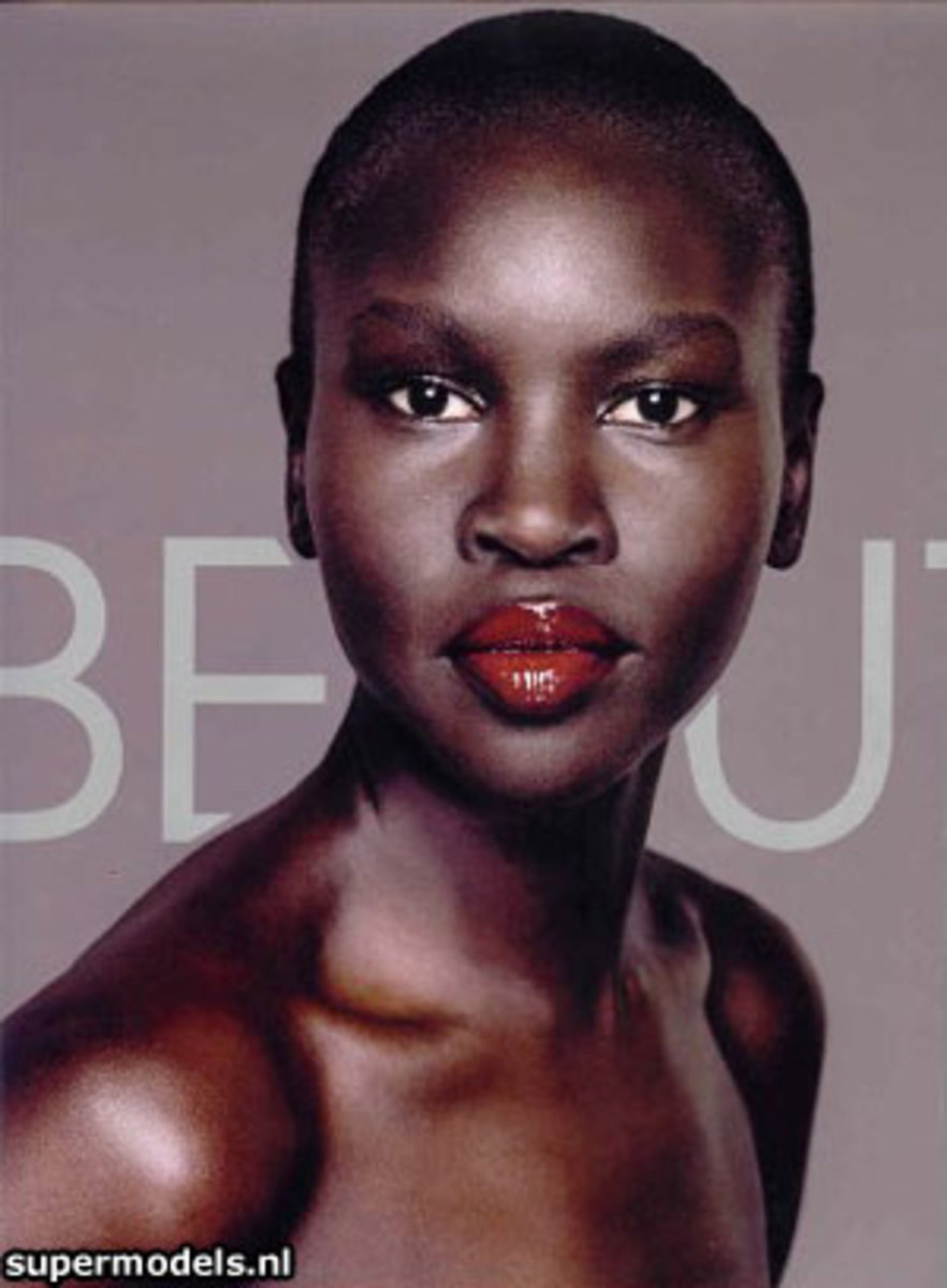 Alek Wek's lipstick. The best lipstick colors for dark skin.