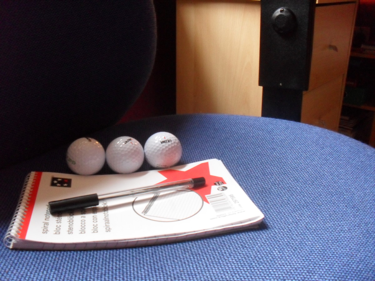 indoor-mini-golf-how-to-organize-an-office-golf-tournament